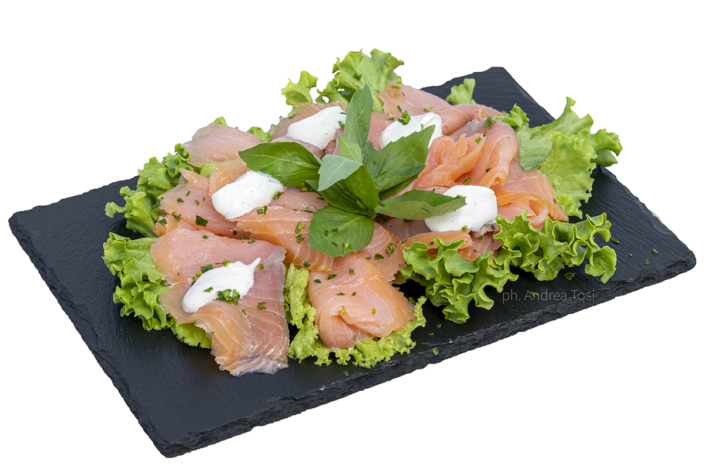 piatto pesce crudo sushi