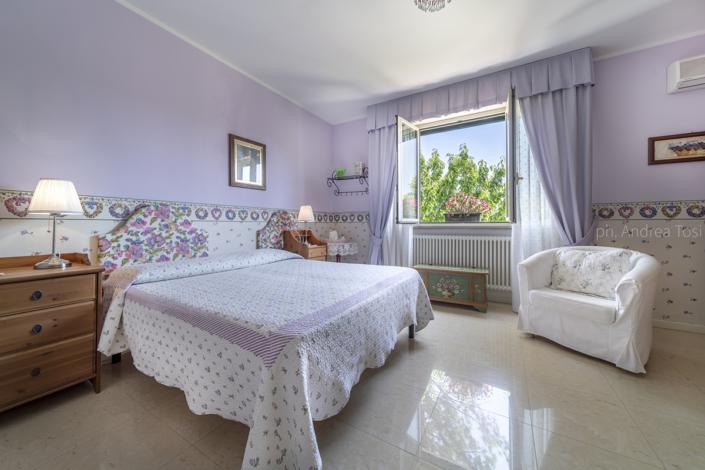 fotogrago urbino hotel interni residence affittacamere b&b rimini pesaro urbino marche camera vista