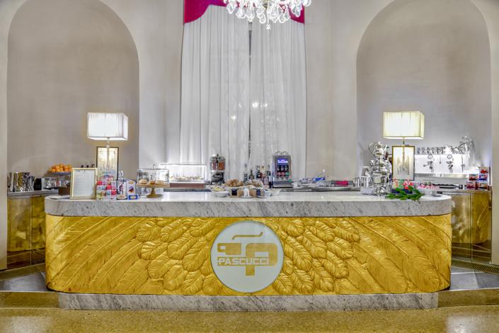fotografo interni ristoranti hotel commercio real estate fotoritocco