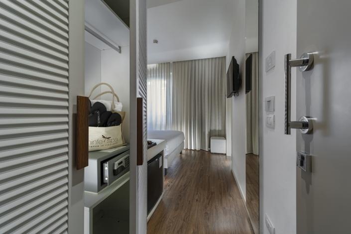 fotografo professionista di interni Interior photographer room tourism Andrea Tosi Rimini Riccione servizi fotografici per hotel Architecture and Interior