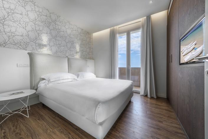 Fotografia di interni camera turismo Andrea Tosi Rimini servizi fotografici per hotel Architecture and Interior