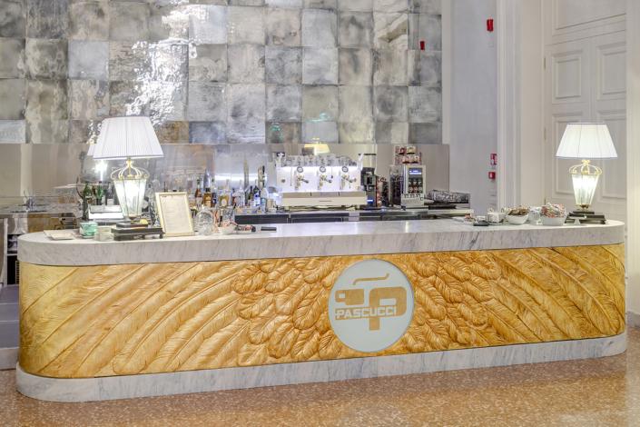 fotografo interni ristoranti hotel commercio real estate fotoritoccatore Rimini
