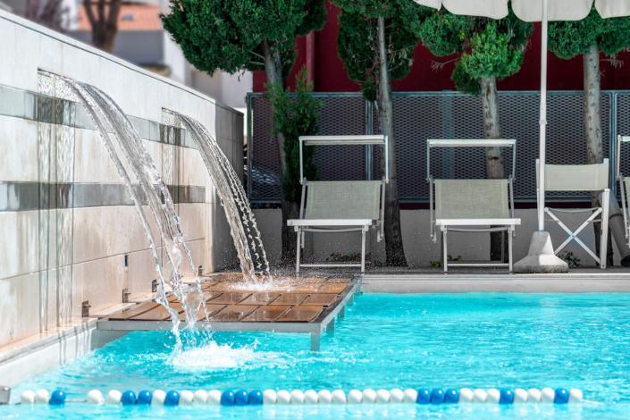 hotel con piscina riccione vacanze estate al mare